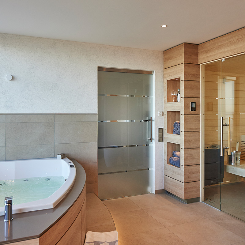 exklusive suiten badhotel sternhagen. Black Bedroom Furniture Sets. Home Design Ideas